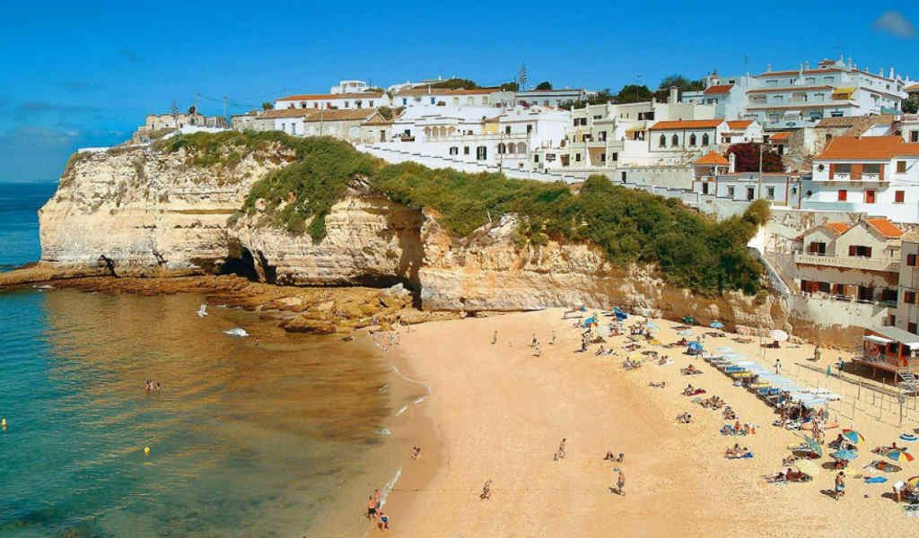 faro-portugal-city-beach-studentfy